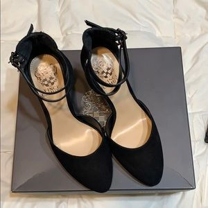 VC DORINDA ankle strap heels